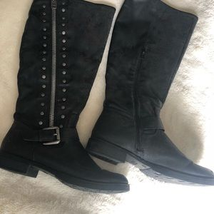 Unr8ed Black leather boots W8.5